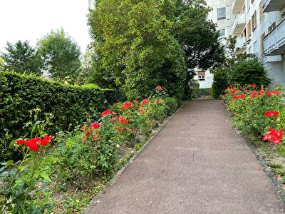 Saint Cloud - Appartement sur balcon - 3 chambres - 80.35 M²